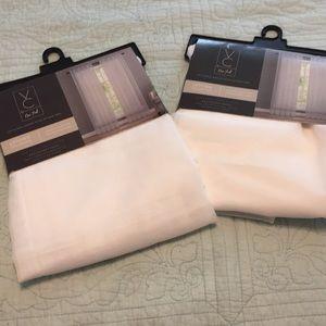 New 2 VC New York Sheer rod pocket panels